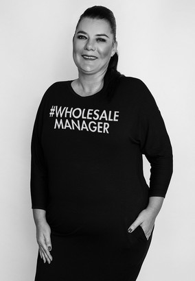 WHOLESALE MANAGER Varga Andrea